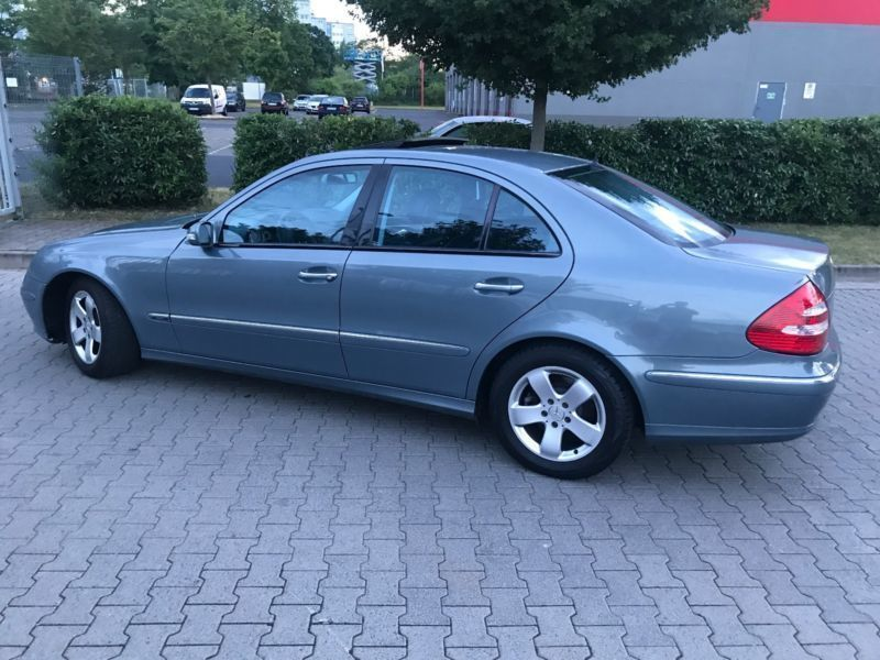 verkauft mercedes e280 e klasse lim cdi gebraucht 2005 km in offenbach. Black Bedroom Furniture Sets. Home Design Ideas