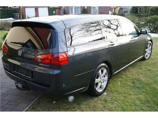 verkauft honda accord tourer gebraucht 2005 km in zetel. Black Bedroom Furniture Sets. Home Design Ideas