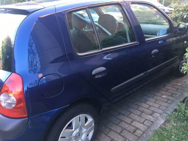 verkauft renault clio 1 2 16v dynamique gebraucht 2004 km in neuss. Black Bedroom Furniture Sets. Home Design Ideas
