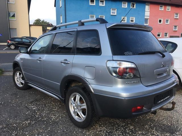 verkauft mitsubishi outlander 2 0 4wd gebraucht 2006 km in weiden. Black Bedroom Furniture Sets. Home Design Ideas