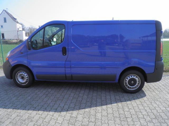 verkauft renault trafic kasten l1h1 2 gebraucht 2006. Black Bedroom Furniture Sets. Home Design Ideas