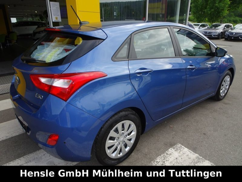 verkauft hyundai i30 trend blue 1 hand gebraucht 2016 km in tuttlingen. Black Bedroom Furniture Sets. Home Design Ideas