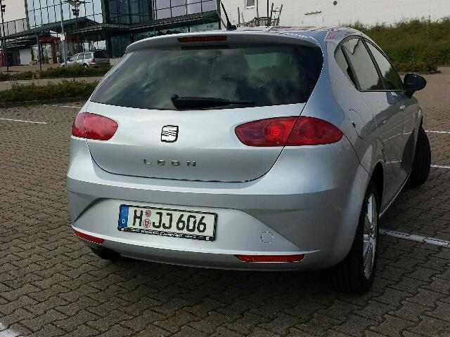 verkauft seat leon 1 8 tsi sport gebraucht 2009 km in bad nenndorf. Black Bedroom Furniture Sets. Home Design Ideas