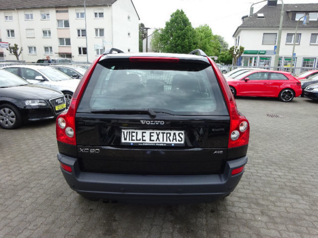 verkauft volvo xc90 d5 momentum schieb gebraucht 2005 km in wirges. Black Bedroom Furniture Sets. Home Design Ideas