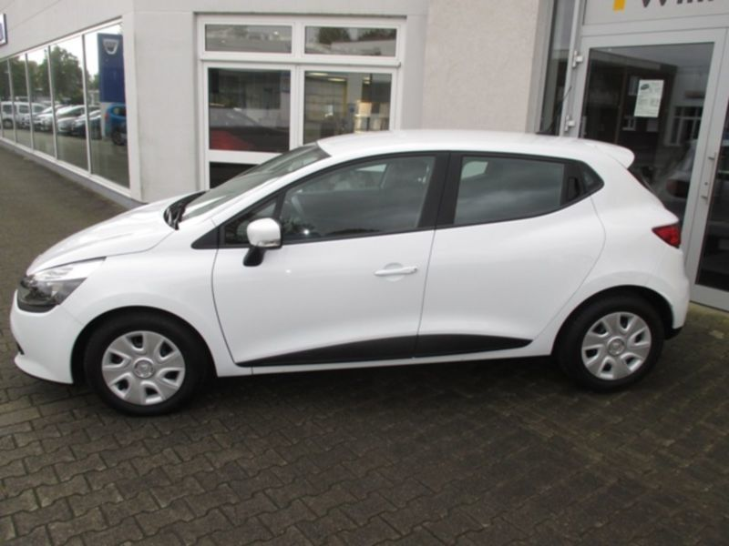 654 gebrauchte renault clio iv renault clio iv gebrauchtwagen. Black Bedroom Furniture Sets. Home Design Ideas