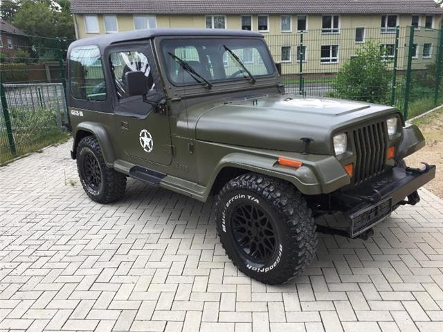 verkauft jeep wrangler army look e gebraucht 1995. Black Bedroom Furniture Sets. Home Design Ideas