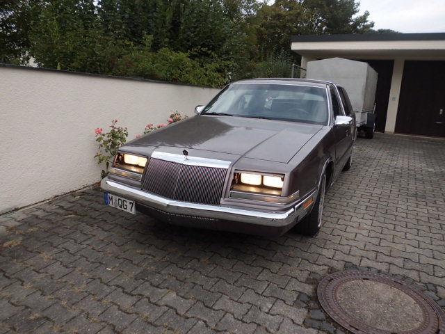 imperial gebrauchte chrysler imperial kaufen 8 g nstige autos zum verkauf. Black Bedroom Furniture Sets. Home Design Ideas