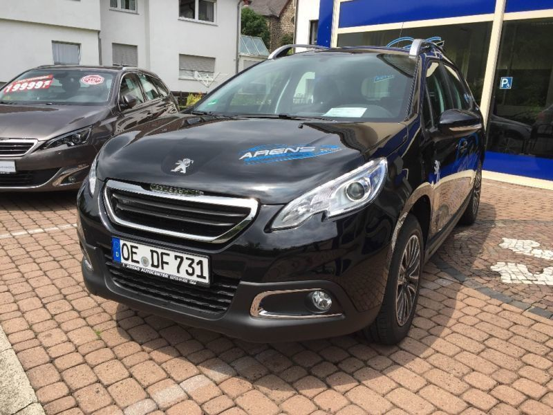 verkauft peugeot 2008 1 2 puretech 110 gebraucht 2016 km in lennestadt. Black Bedroom Furniture Sets. Home Design Ideas