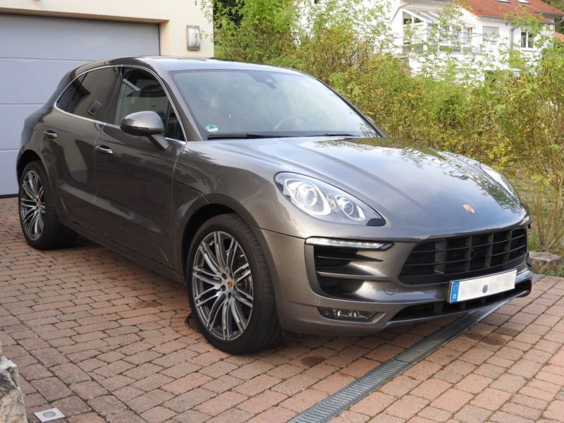 gebraucht panorama luftfederung porsche macan s 2014 km in oyten. Black Bedroom Furniture Sets. Home Design Ideas