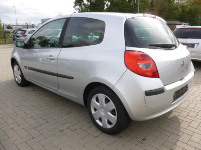 verkauft renault clio iii exception 1 gebraucht 2007 km in rheinbach. Black Bedroom Furniture Sets. Home Design Ideas