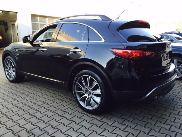 verkauft infiniti qx70 3 7 awd aut s gebraucht 2015 km in magdeburg. Black Bedroom Furniture Sets. Home Design Ideas