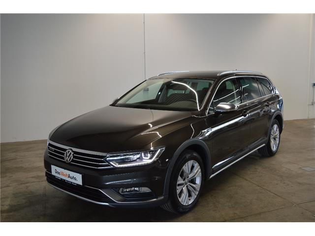 verkauft vw passat alltrack variant 2 gebraucht 2016 km in straubing. Black Bedroom Furniture Sets. Home Design Ideas