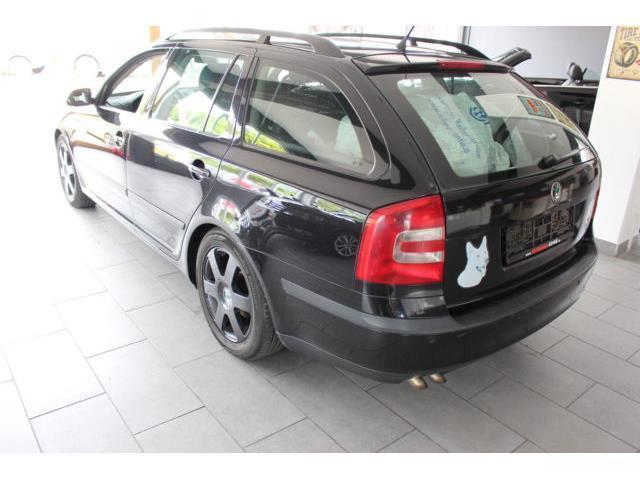 verkauft skoda octavia combi elegance gebraucht 2005 km in miesbach. Black Bedroom Furniture Sets. Home Design Ideas