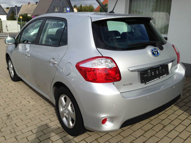 verkauft toyota auris 1 8 hybrid travel gebraucht 2012 km in markt erlbach. Black Bedroom Furniture Sets. Home Design Ideas