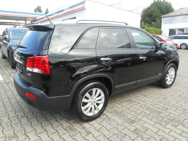 verkauft kia sorento spirit 4wd leder gebraucht 2010 km in hennef. Black Bedroom Furniture Sets. Home Design Ideas