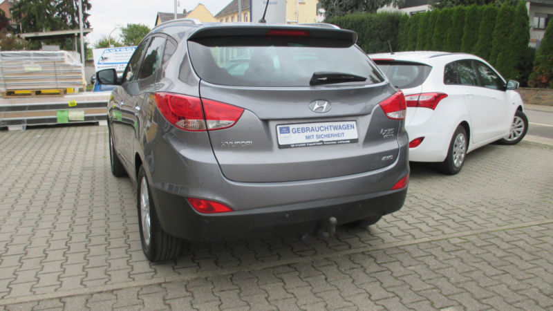 gebraucht premium allrad ahk leder hyundai ix35 2012 km in framersheim. Black Bedroom Furniture Sets. Home Design Ideas