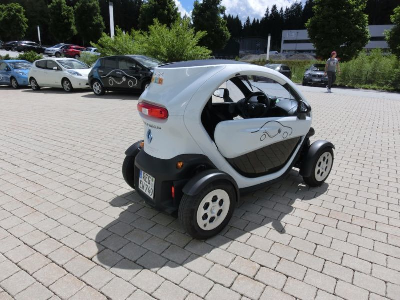 verkauft renault twizy ohne batterie gebraucht 2014 km in teisnach. Black Bedroom Furniture Sets. Home Design Ideas