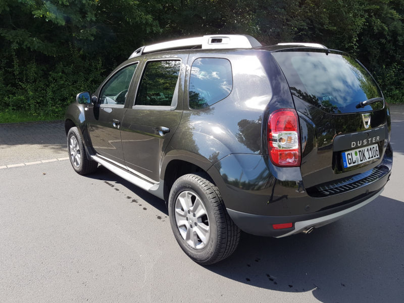 verkauft dacia duster tce 125 4x2 pres gebraucht 2015 km in norderstedt. Black Bedroom Furniture Sets. Home Design Ideas