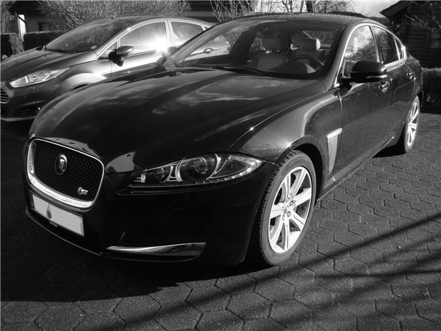 verkauft jaguar xf 3 0 v6 diesel s gebraucht 2014. Black Bedroom Furniture Sets. Home Design Ideas