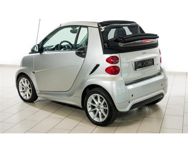 verkauft smart fortwo cabrio mhd 52 kw gebraucht 2013 km in stadtbergen. Black Bedroom Furniture Sets. Home Design Ideas