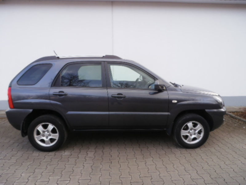 verkauft kia sportage 2 0 2wd lx gebraucht 2008 km in sulzbach rosenberg. Black Bedroom Furniture Sets. Home Design Ideas