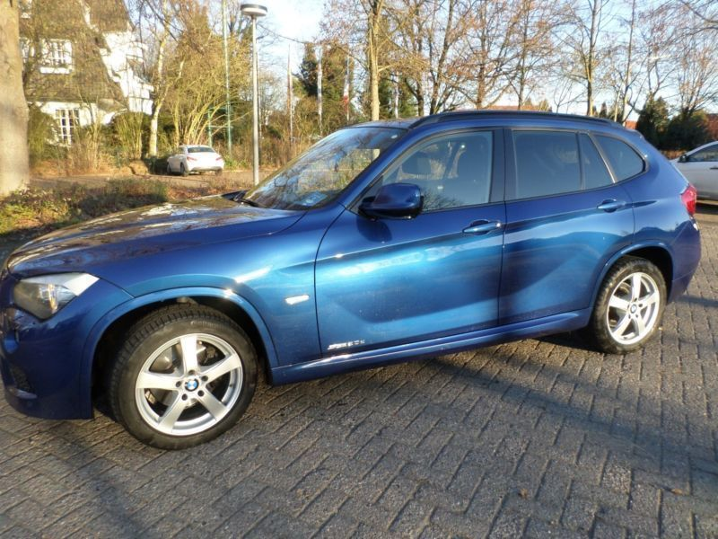 verkauft bmw x1 xdrive20d aut gebraucht 2011 km. Black Bedroom Furniture Sets. Home Design Ideas