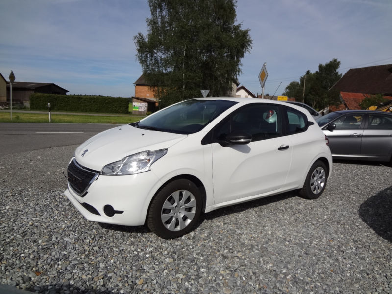 verkauft peugeot 208 68 vti active gebraucht 2013 km in bad schussenried. Black Bedroom Furniture Sets. Home Design Ideas