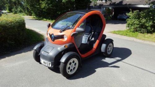 twizy gebrauchte renault twizy kaufen 108 g nstige autos zum verkauf. Black Bedroom Furniture Sets. Home Design Ideas