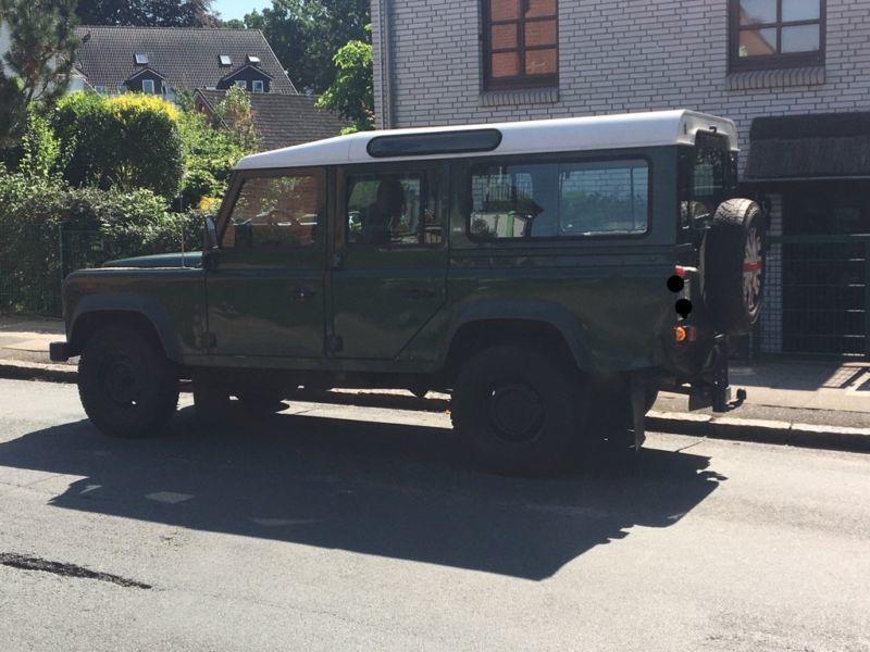 verkauft land rover defender 110 td5 gebraucht 1999 km in hamburg eimsb tte. Black Bedroom Furniture Sets. Home Design Ideas