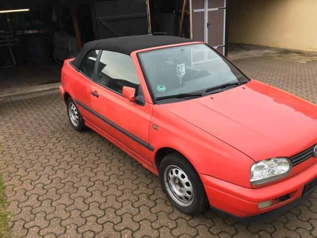 verkauft vw golf cabriolet cabrio 1 8 gebraucht 1995 km in wolfsburg. Black Bedroom Furniture Sets. Home Design Ideas