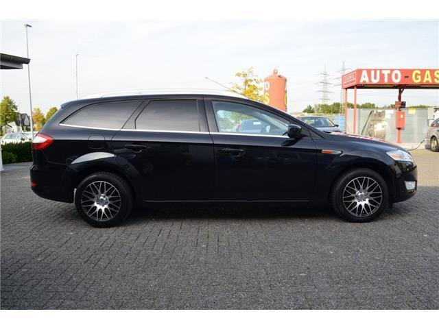 verkauft ford mondeo titanium navi led gebraucht 2010 km in kaarst. Black Bedroom Furniture Sets. Home Design Ideas