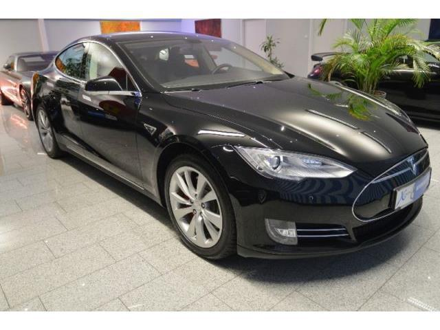model s gebrauchte tesla model s kaufen 40 g nstige autos zum verkauf. Black Bedroom Furniture Sets. Home Design Ideas