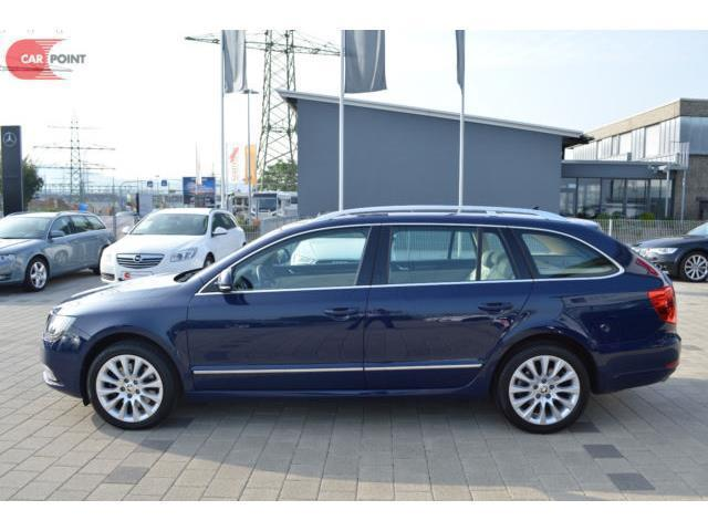 gebraucht kom 1 8 tsi exclusive navi skoda superb 2014 km in stuttgart. Black Bedroom Furniture Sets. Home Design Ideas