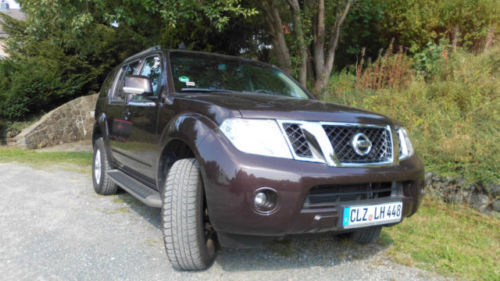 verkauft nissan pathfinder 2 5 dci gebraucht 2012 km in clausthal. Black Bedroom Furniture Sets. Home Design Ideas