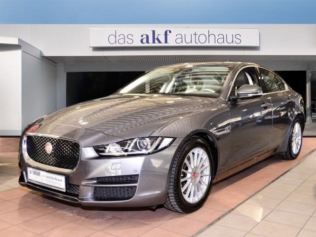 verkauft jaguar xe prestige 20d gebraucht 2015 km. Black Bedroom Furniture Sets. Home Design Ideas