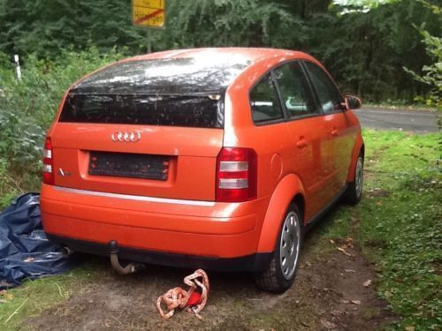 verkauft audi a2 in orange gebraucht 2000 km in. Black Bedroom Furniture Sets. Home Design Ideas
