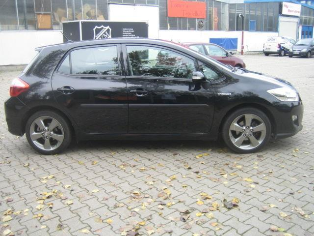 verkauft toyota auris hybrid travel n gebraucht 2012 km in berlin. Black Bedroom Furniture Sets. Home Design Ideas