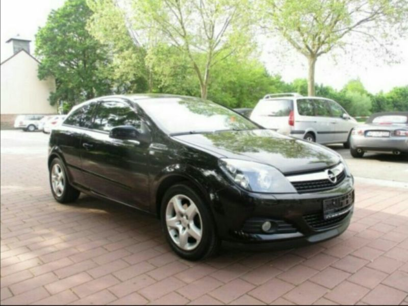 verkauft opel astra gtc h gebraucht 2008 km in frankfurt. Black Bedroom Furniture Sets. Home Design Ideas