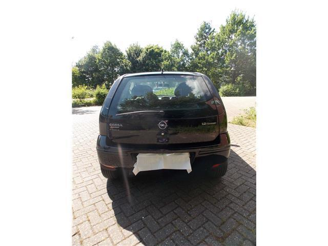 verkauft opel corsa c 1 2 16v twinport gebraucht 2005 km in biberach. Black Bedroom Furniture Sets. Home Design Ideas
