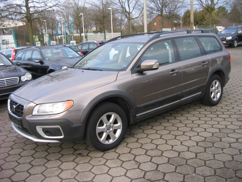 gebraucht d5 awd aut summum volvo xc70 2008 km. Black Bedroom Furniture Sets. Home Design Ideas