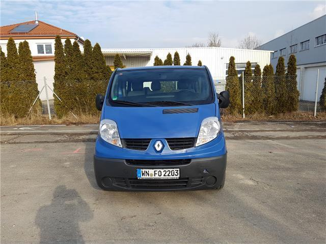verkauft renault trafic 2 5 dci 150 fa gebraucht 2009. Black Bedroom Furniture Sets. Home Design Ideas