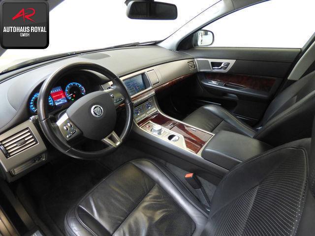verkauft jaguar xf 4 2 20 zoll schiebe gebraucht 2008. Black Bedroom Furniture Sets. Home Design Ideas