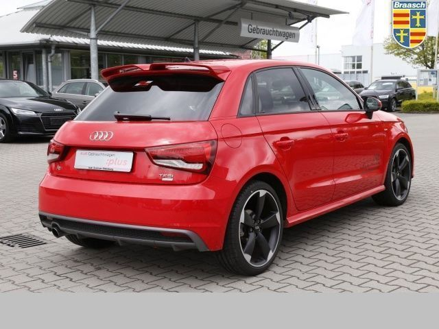 verkauft audi a1 sportback 1 0 tfsi sp gebraucht 2016. Black Bedroom Furniture Sets. Home Design Ideas