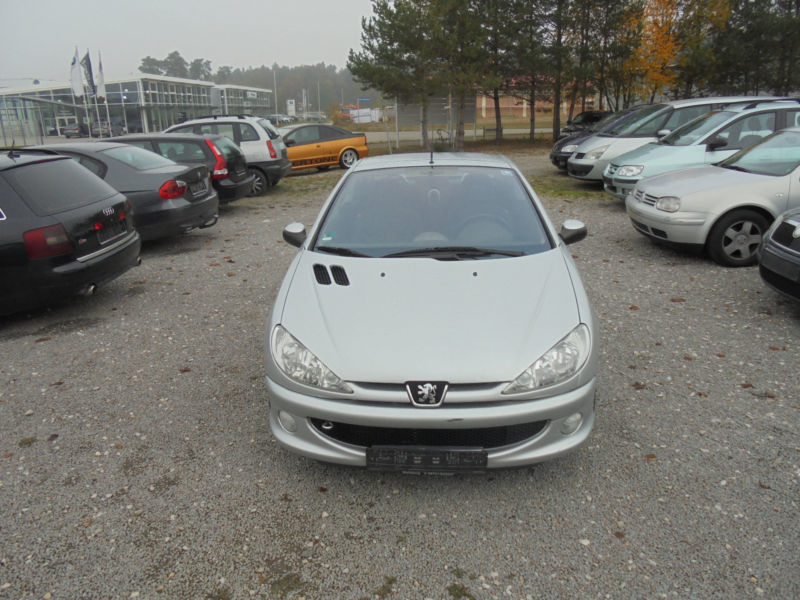 verkauft peugeot 206 cc hdi fap 110 qu gebraucht 2005 km in abensberg. Black Bedroom Furniture Sets. Home Design Ideas