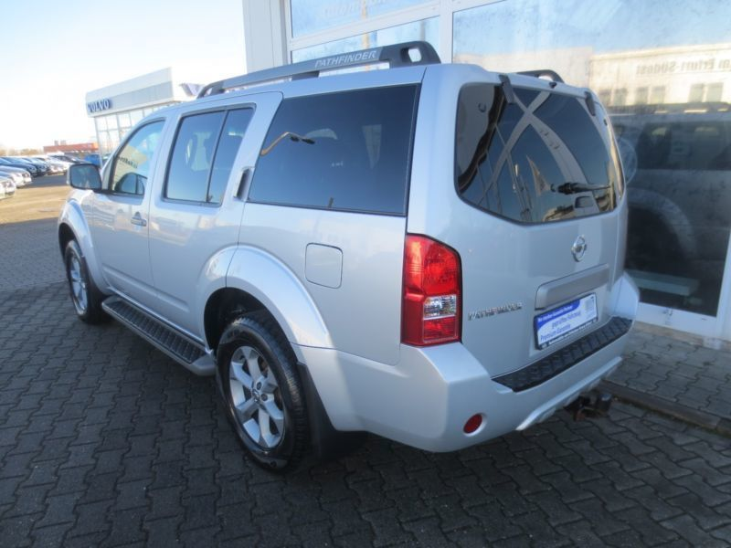 gebraucht 2 5 dci platinum nissan pathfinder 2013 km in weiden. Black Bedroom Furniture Sets. Home Design Ideas