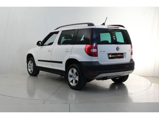 verkauft skoda yeti 2 0 tdi 4x4 navi x gebraucht 2013. Black Bedroom Furniture Sets. Home Design Ideas