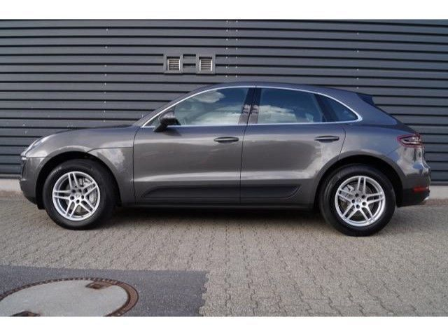 gebraucht diesel s porsche macan 2014 km in pforzheim. Black Bedroom Furniture Sets. Home Design Ideas