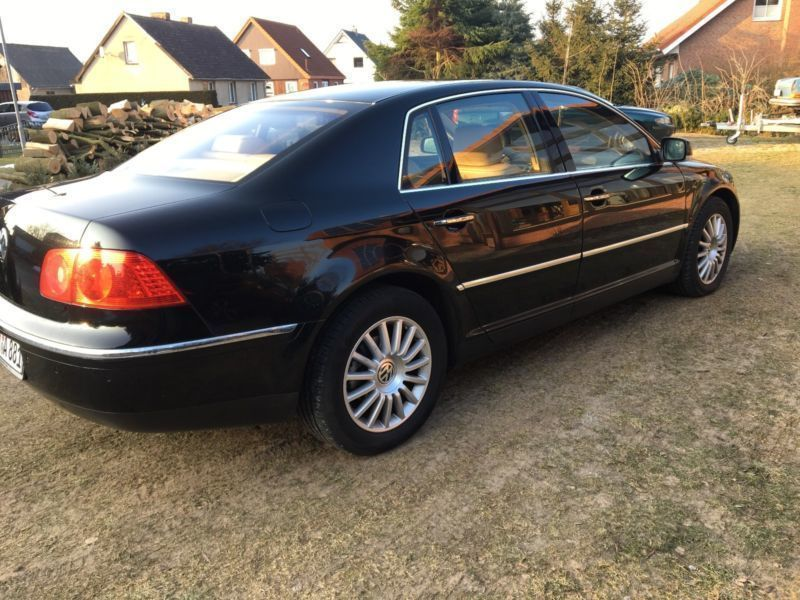 verkauft vw phaeton 3 2 v6 5 sitzer gebraucht 2002 km in duisburg. Black Bedroom Furniture Sets. Home Design Ideas