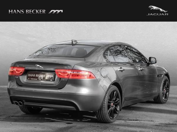 verkauft jaguar xe 20d prestige upe 50 gebraucht 2016 8. Black Bedroom Furniture Sets. Home Design Ideas