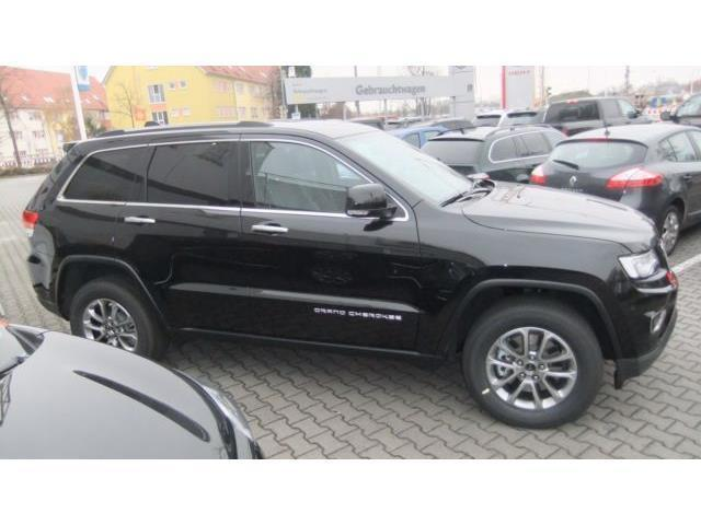verkauft jeep grand cherokee 3 0i mult gebraucht 2015 km in mannheim. Black Bedroom Furniture Sets. Home Design Ideas